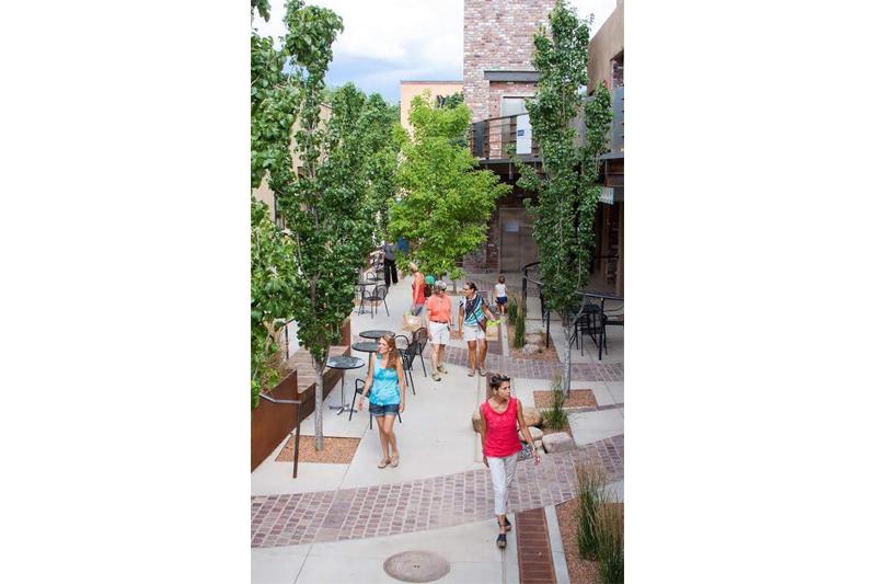 La Luna Santa Fe Serquis + Associates Landscape Architects