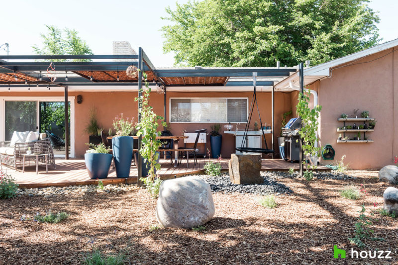 My Houzz Actor Neil Patrick Harris Gives His Brother A New Backyard